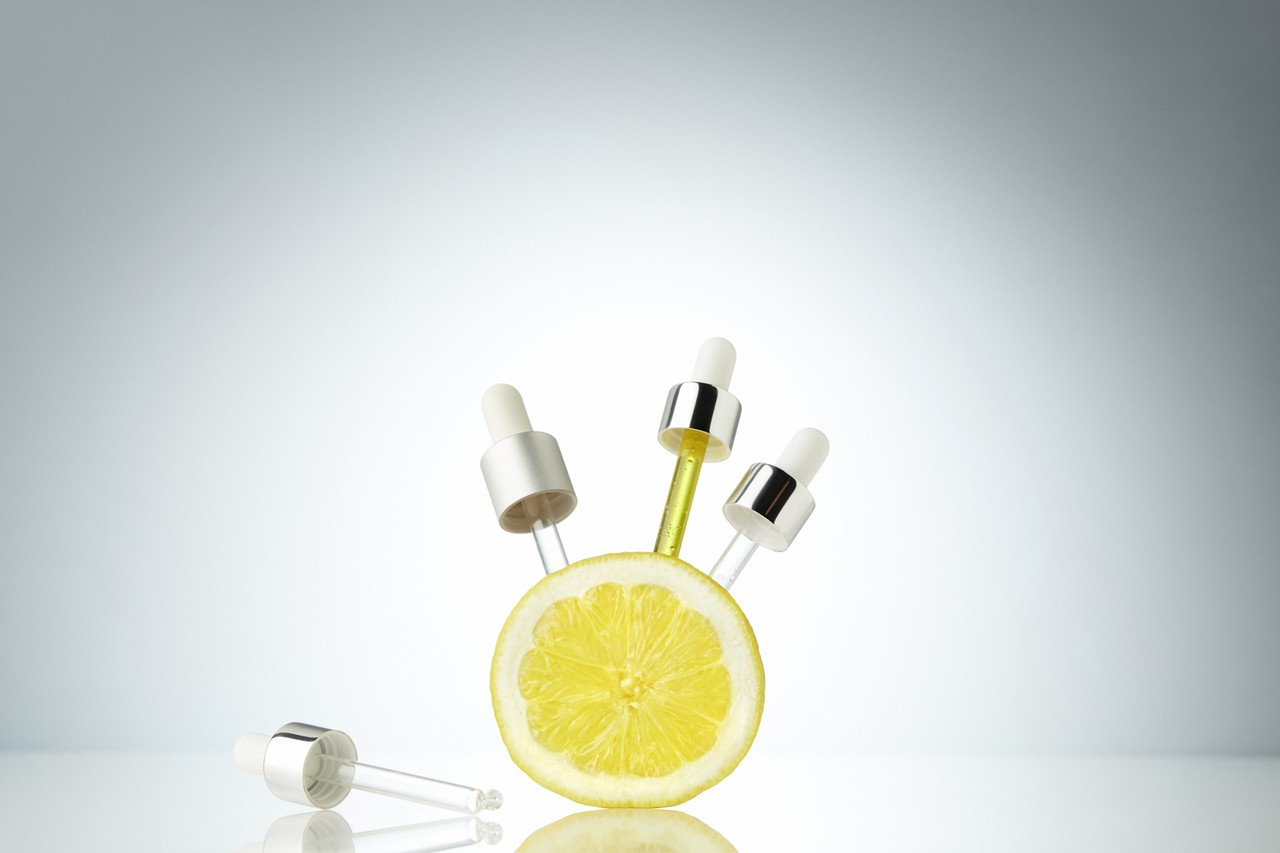 Skincare-background-vitaminc-lemon-citrus-v1-unlimited-1280-x-1280