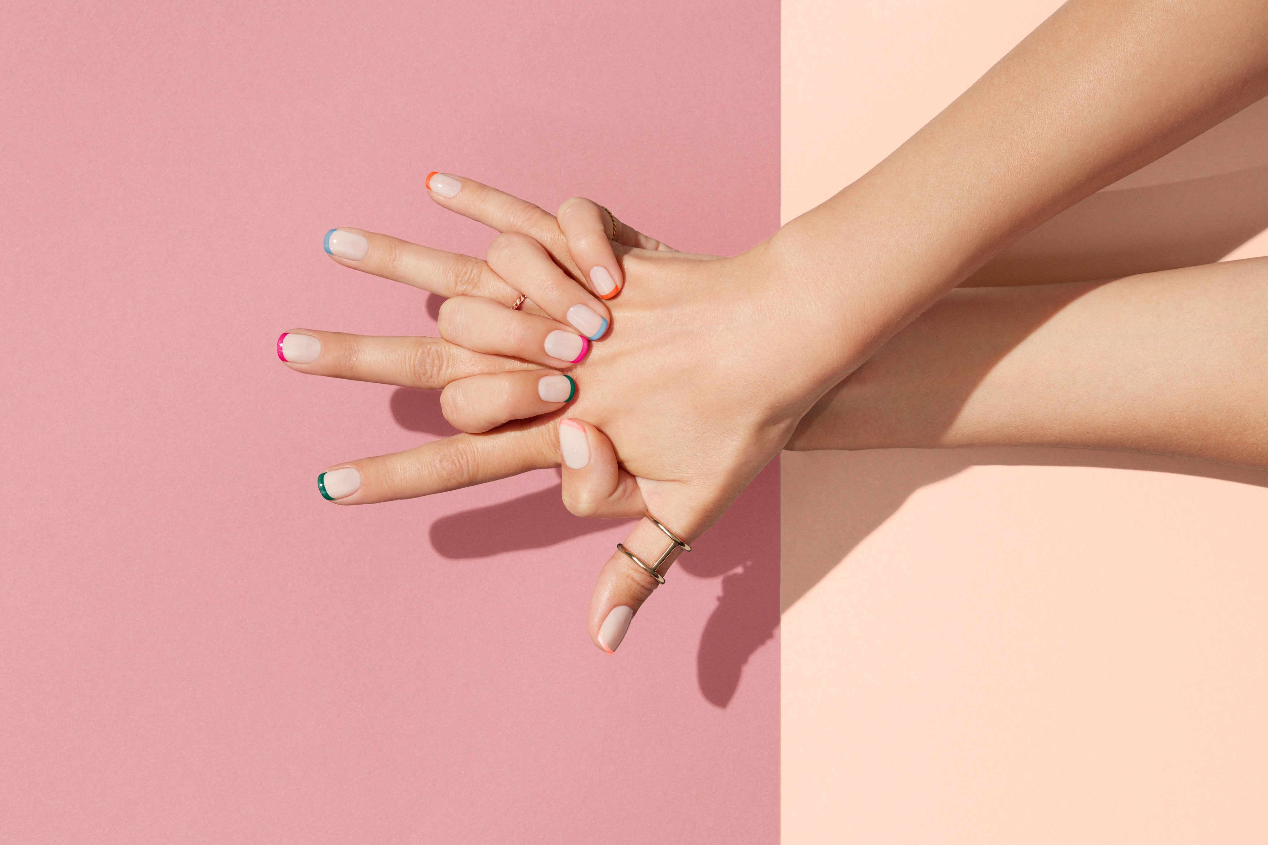 Nailcare-beautyvisual-nude-colorful-laces-rose-peach-color-0821-Web-Rendition