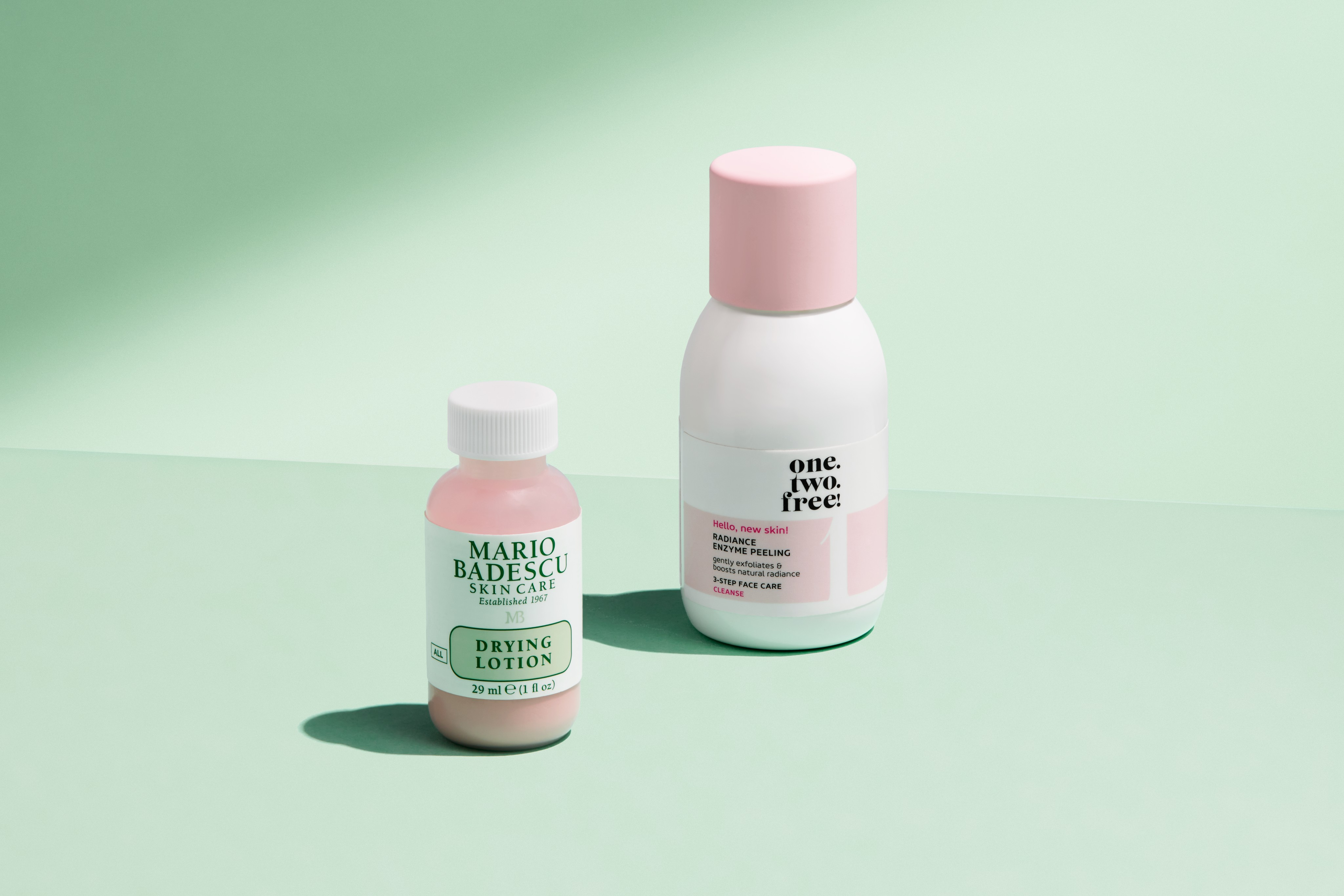 Skincare-product-green-split-onetwofree-mariobadescu-unlimited-Web-Rendition
