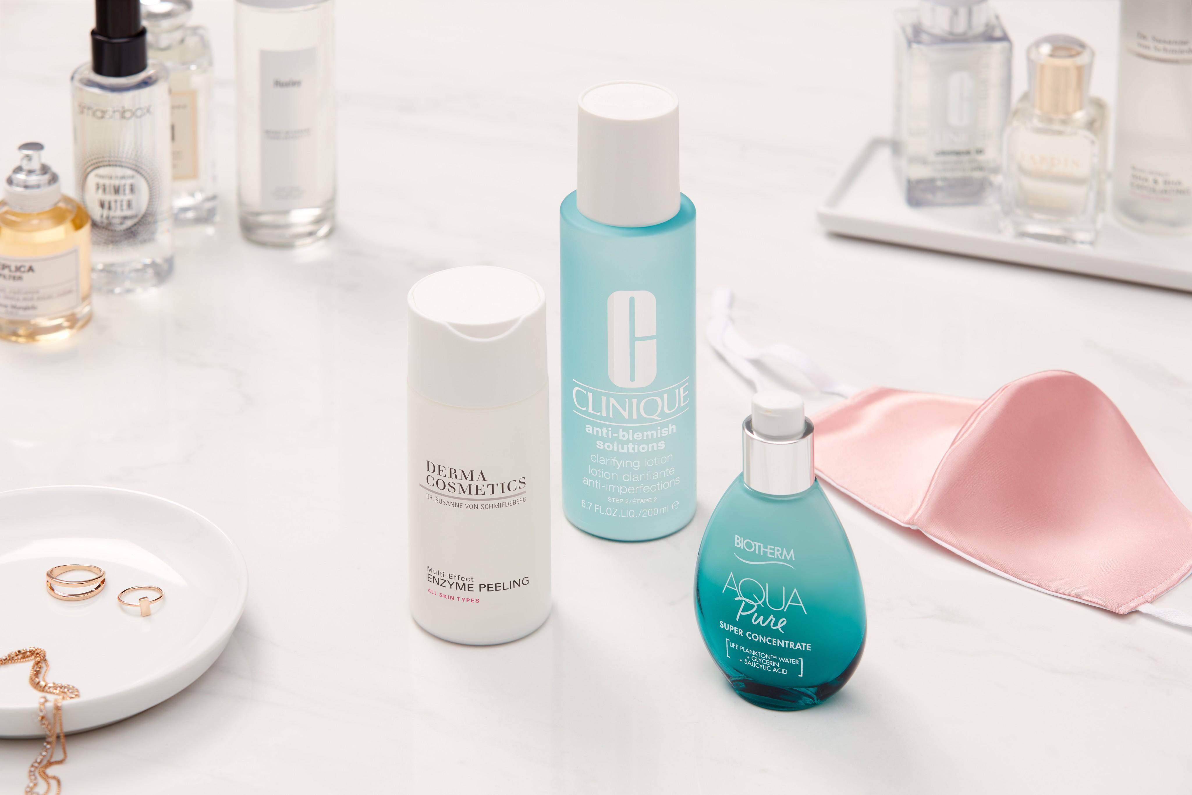 Skincare-products-lifestyle-maske-dermacosmetics-clinique-biotherm-unlimited-Web-Rendition