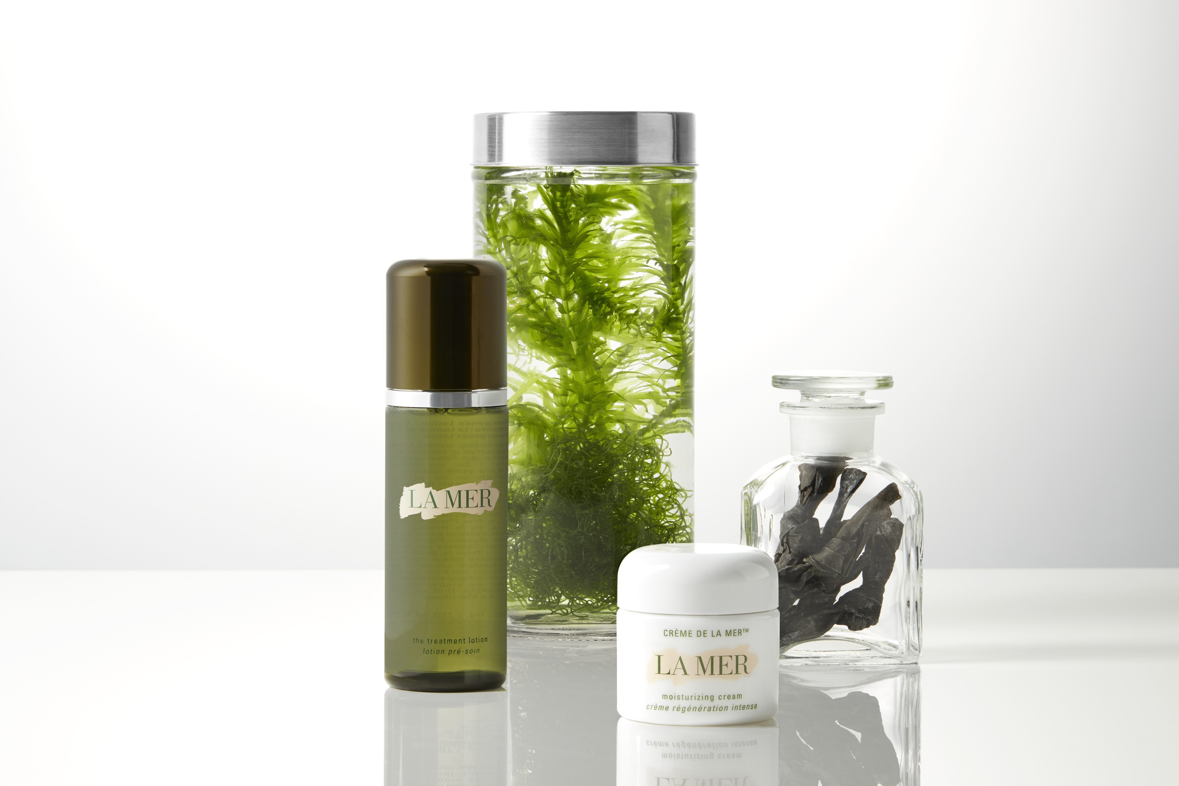 Skincare-product-fermented-ingredients-lamer-unlimited-Web-Rendition