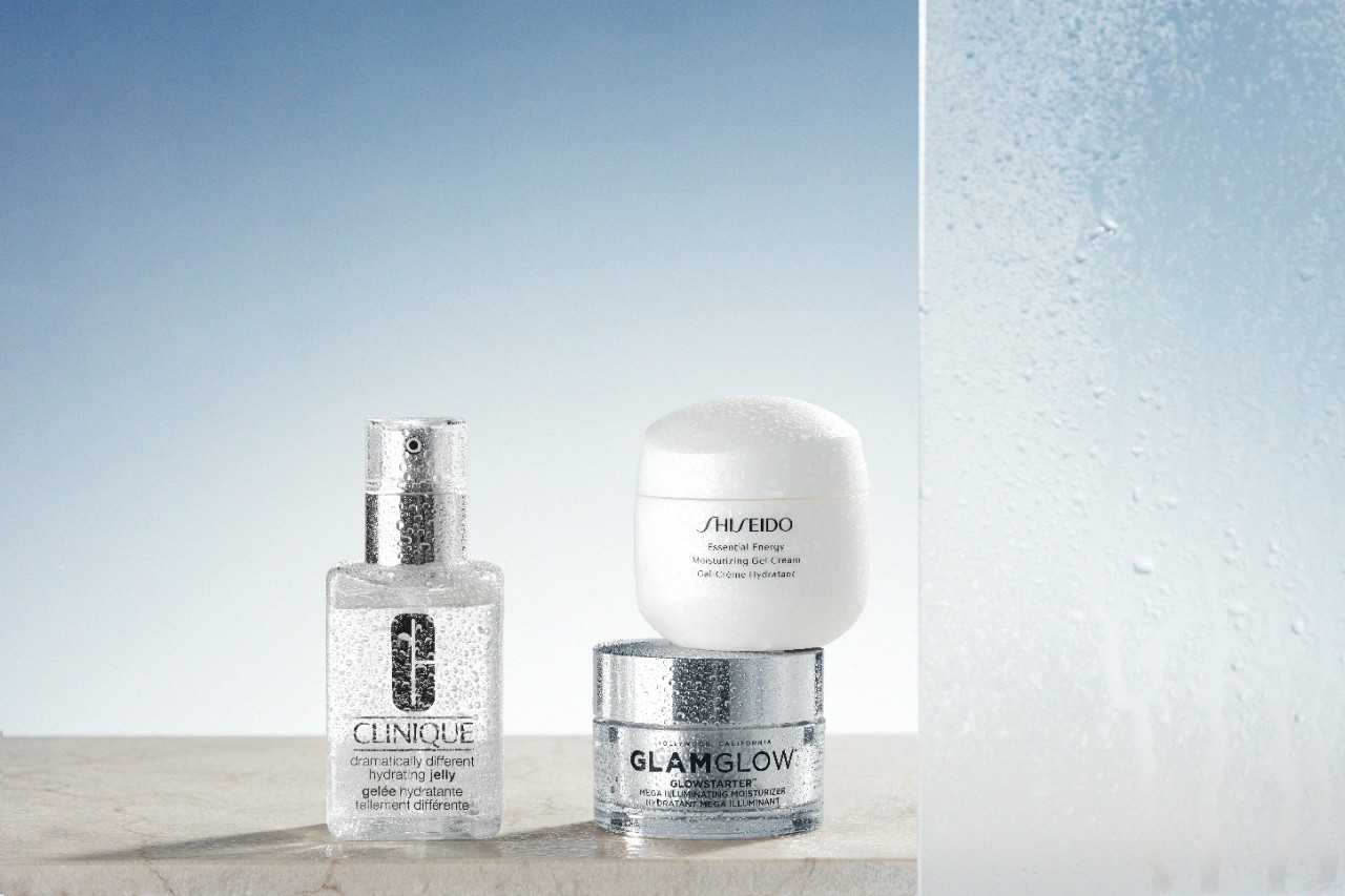 Skincare-product-products-in-shower-v1-0122-1280-x-1280