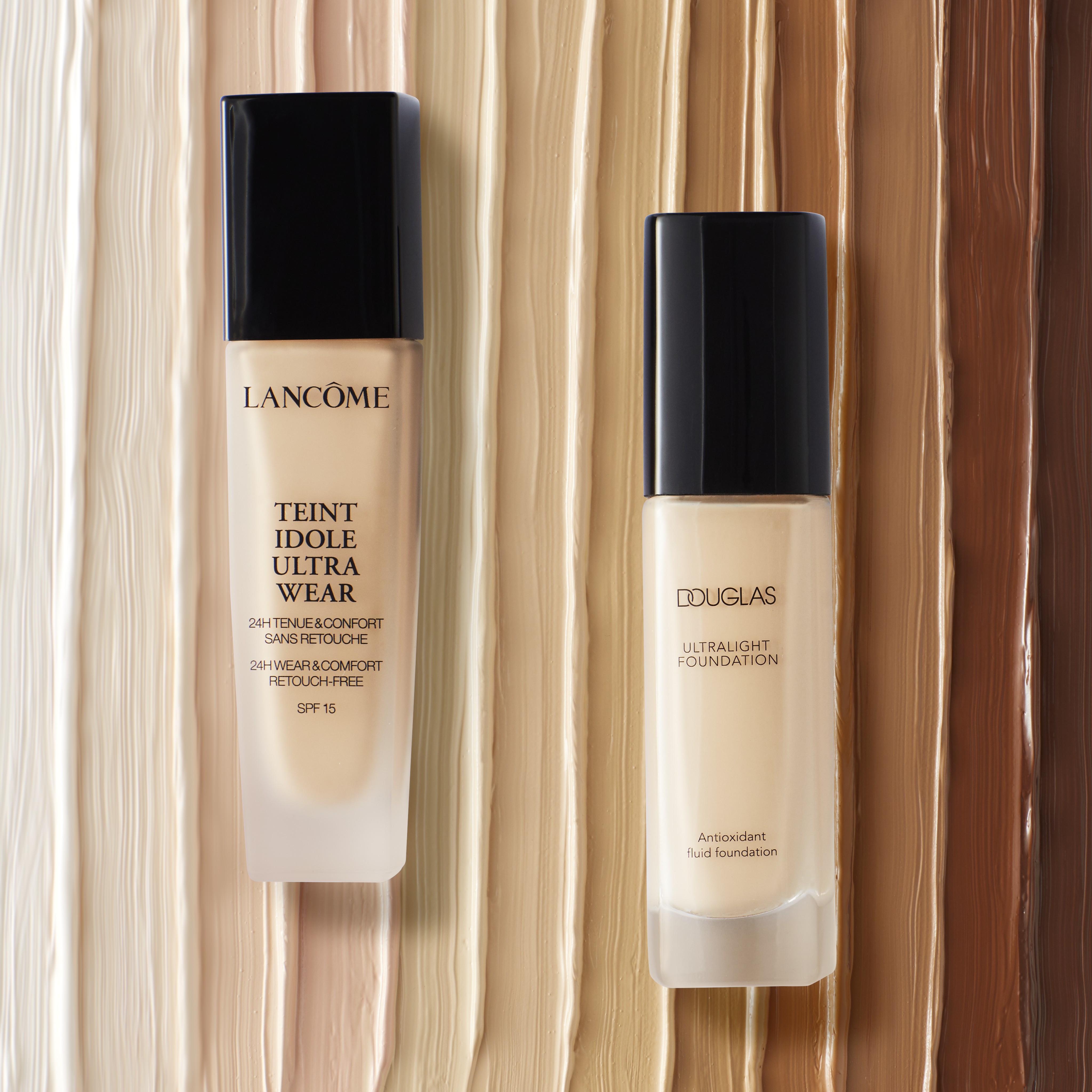 Makeup-product-foundation-guide-lancome-douglas-texture-stripes-unlimited-Web-Rendition