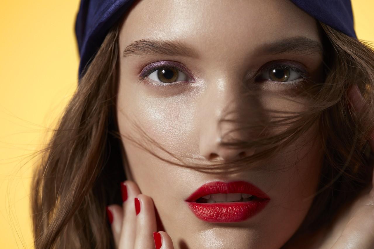 Makeup-beautyvisual-summer-red-lips-purple-eyeshadow-0322-1280-x-1280