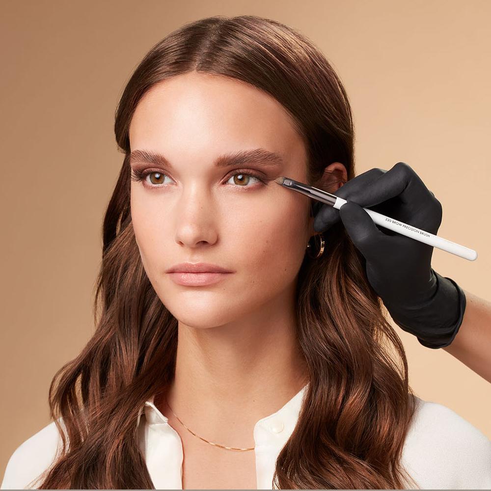Makeup-application-foxy-eyes-3-052023-Web-Rendition6RAcBzUBLzNCG