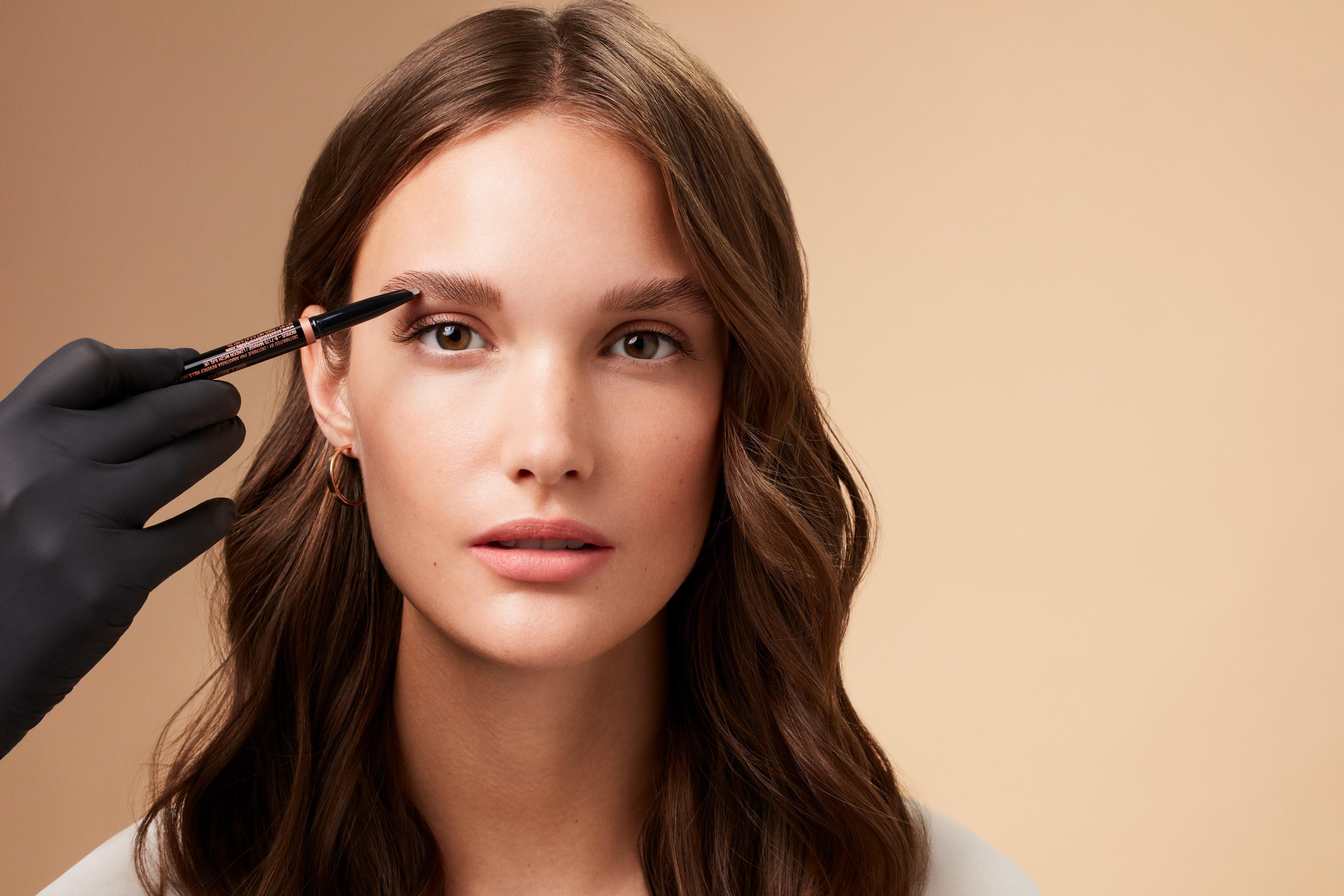 Makeup-application-soap-brows-V3-052023-Web-Rendition