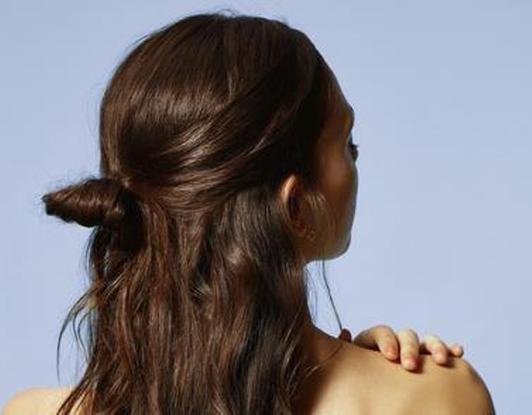 haircare-beautyvisual-half-bun-beach-waves-unlimitedE3m548rKdkrDR