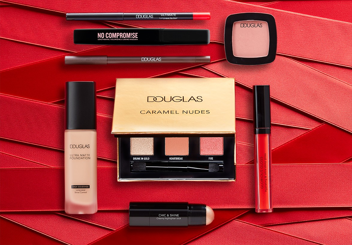 Makeup-product-valentinesday-red-stripes-douglas-1022-Web-Rendition