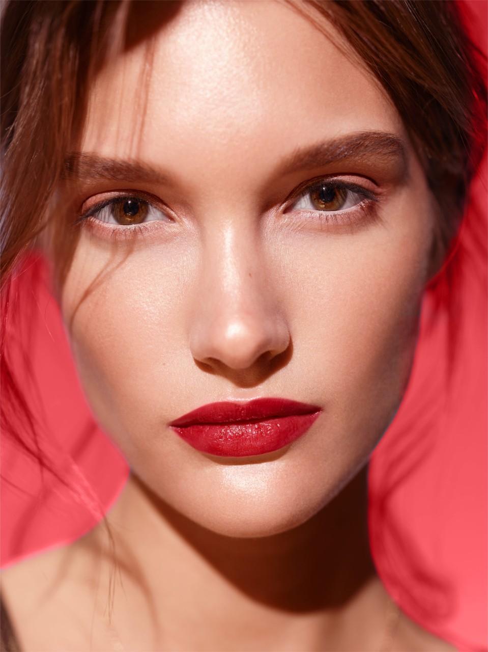 makeup-beautyvisual-red-lipstick-0422-1280-x-1280