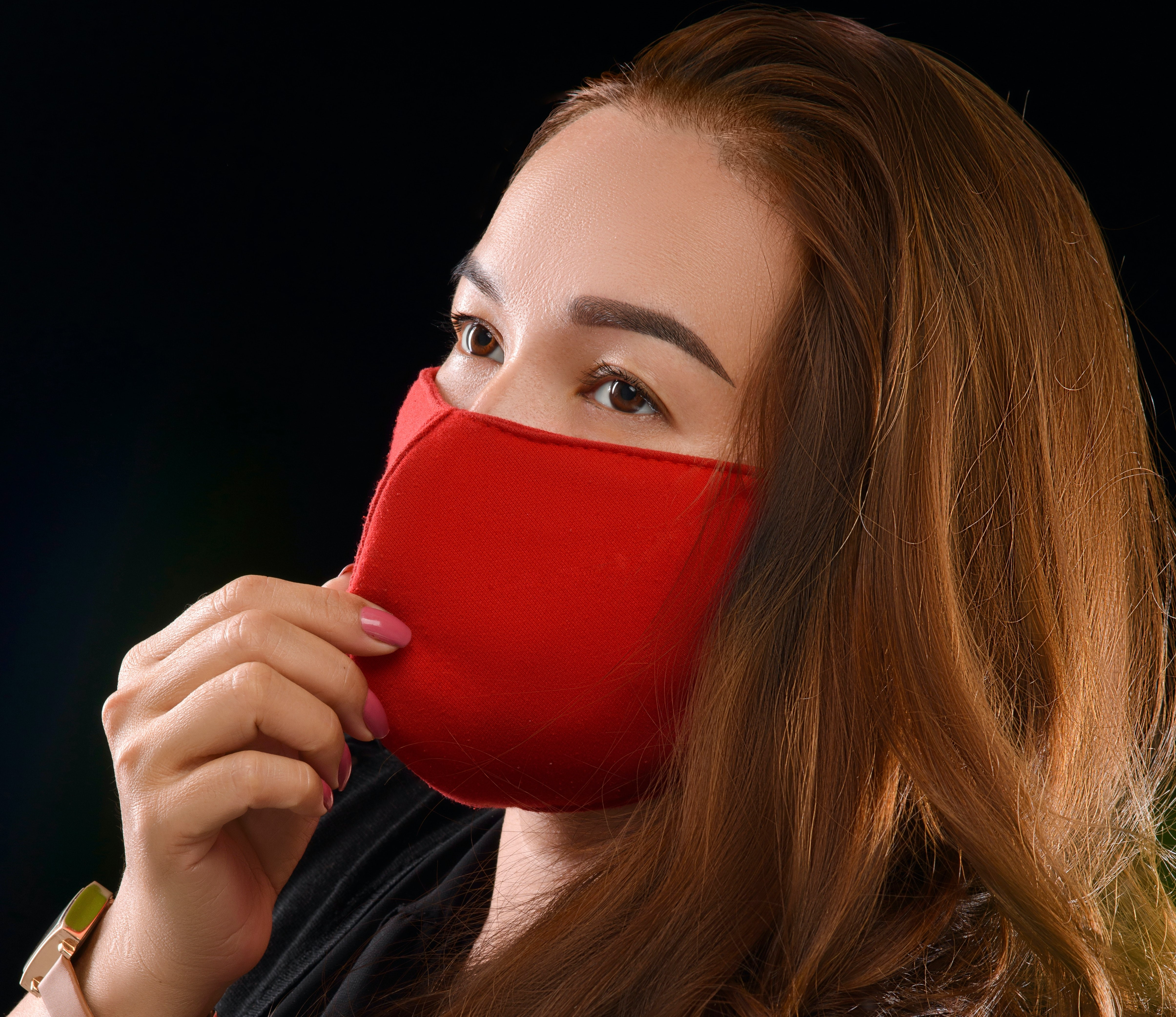 woman-wearing-face-mask-3733516_2